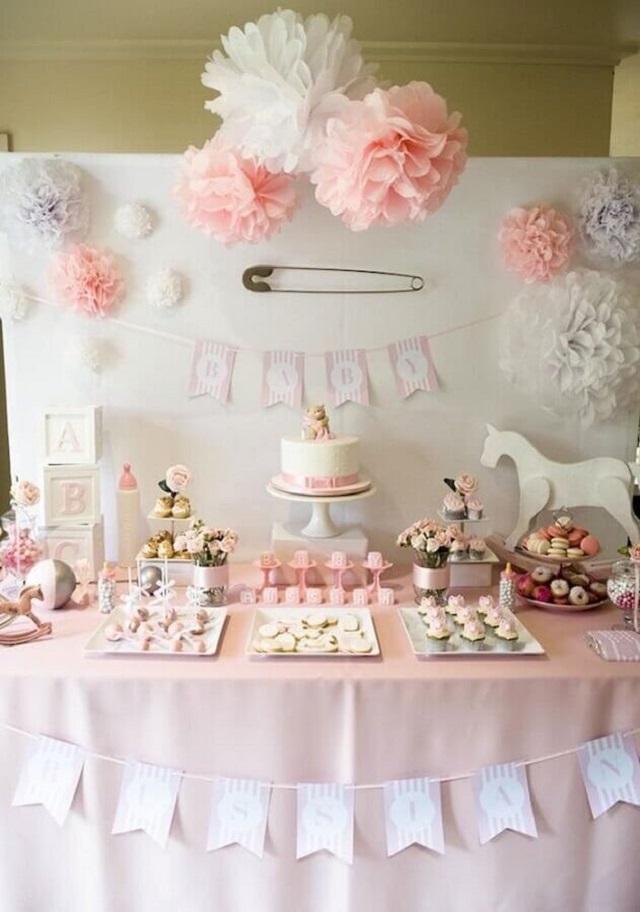 Decoração chá de fraldas rosa
