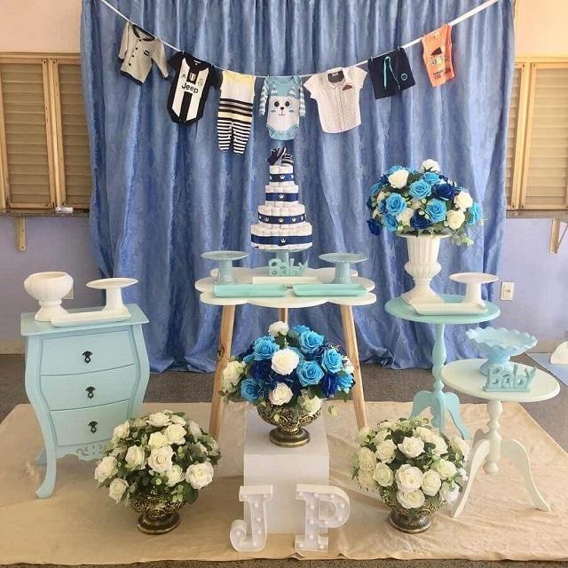 Decoração chá de fraldas azul