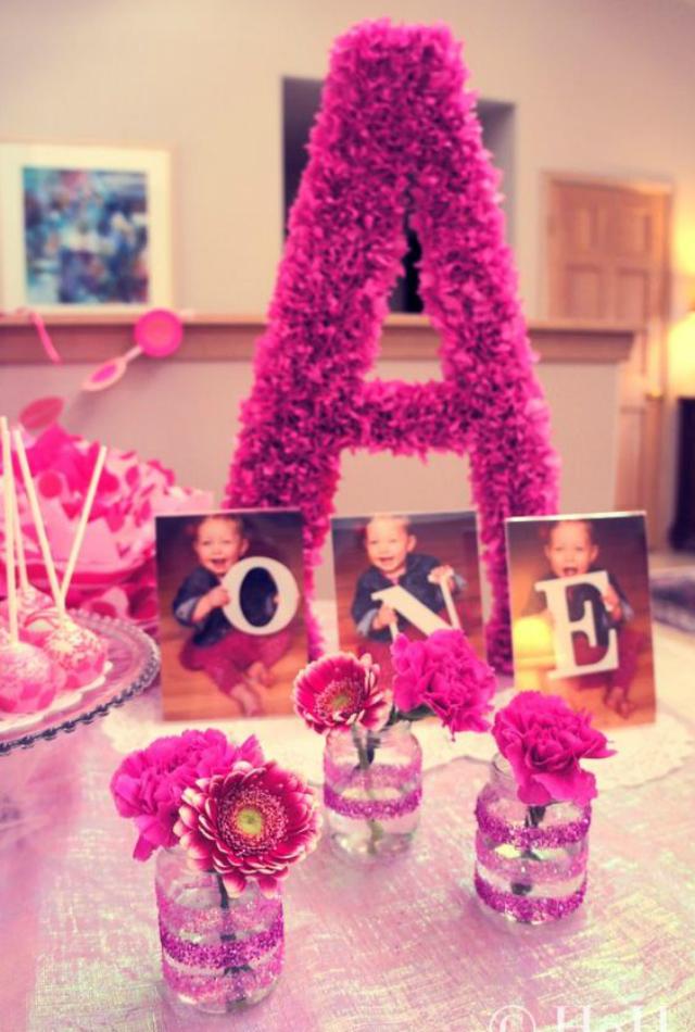 Letras com papel crepom rosa