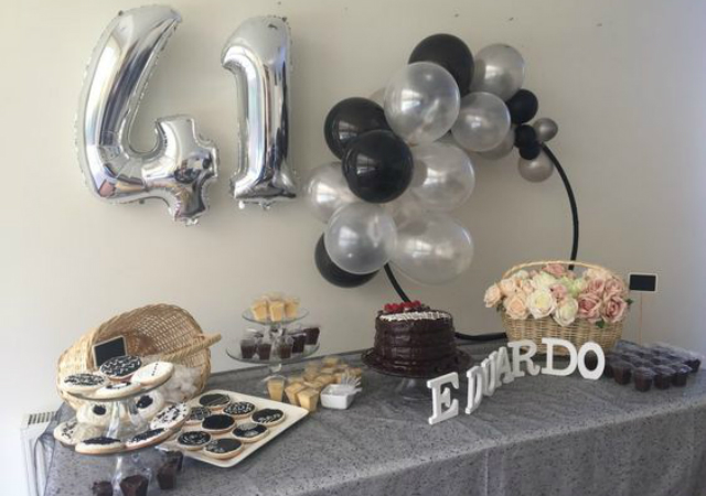 Decoração de festa surpresa simples