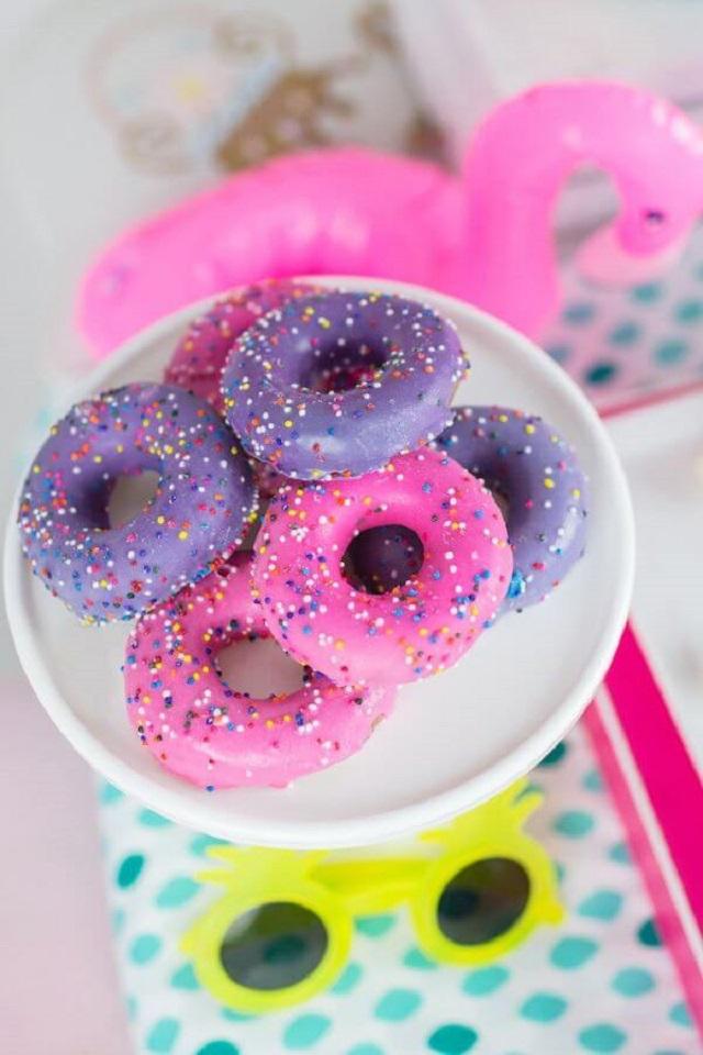Donuts rosa e lilás
