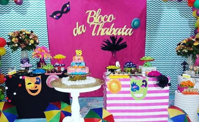 Festa com tema Carnaval