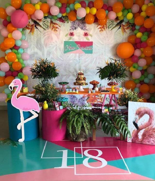 Festa com tema tropical