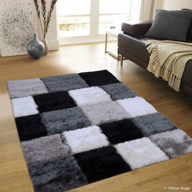Tapete felpudo geométrico branco, cinza e preto