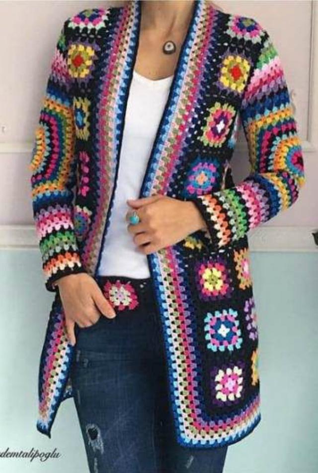 Blusa de frio de quadrado de crochê