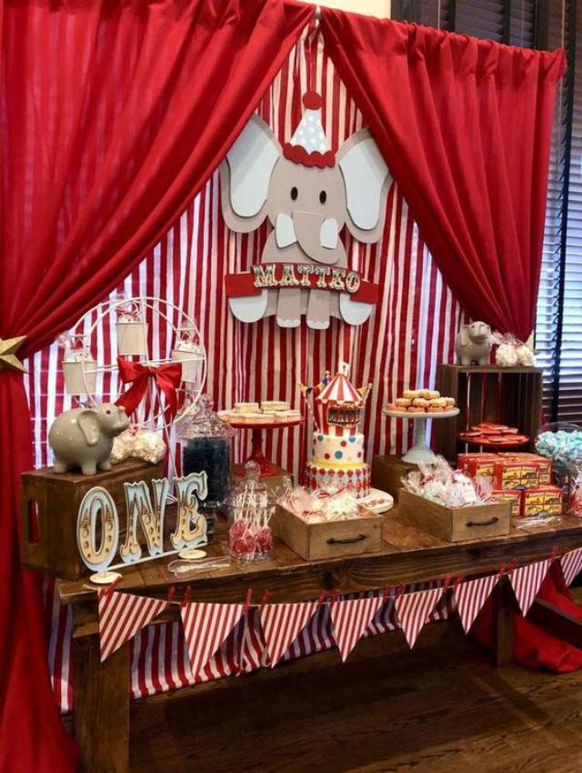 Mesa de doces de festa circo