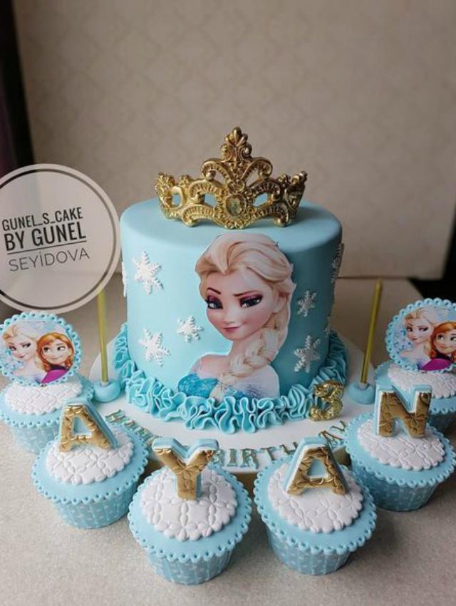 Bolo de festa Frozen