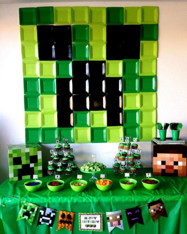 Mesa de guloseimas de festa Minecraft