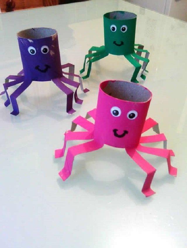 Aranhas de rolo de papel higiênico