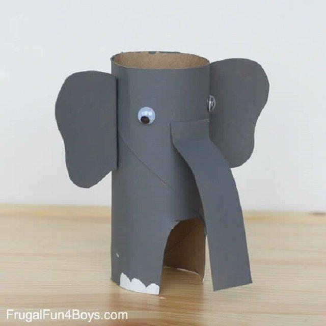 Elefante de rolo de papel higiênico
