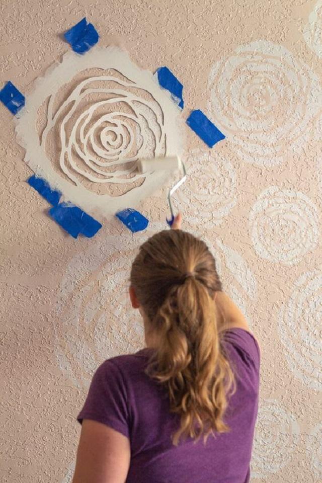 Pintura de flores com stencil