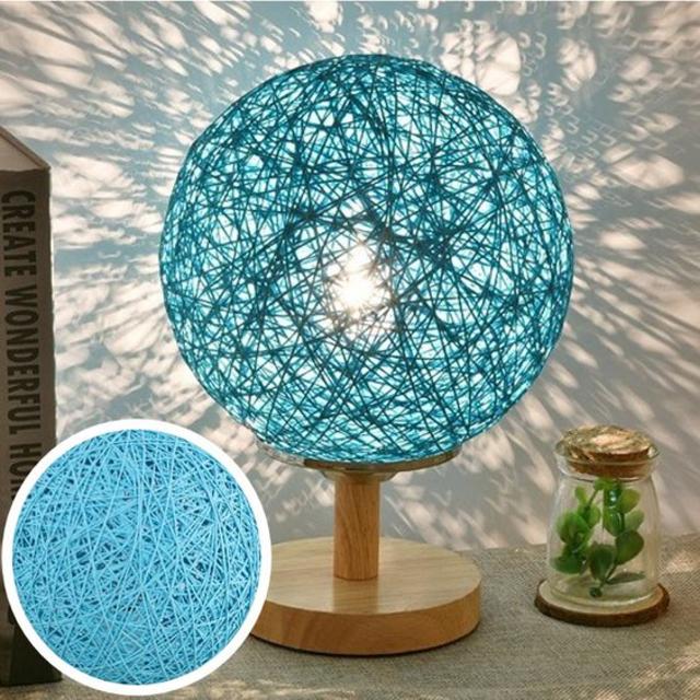 Luminária de barbante azul