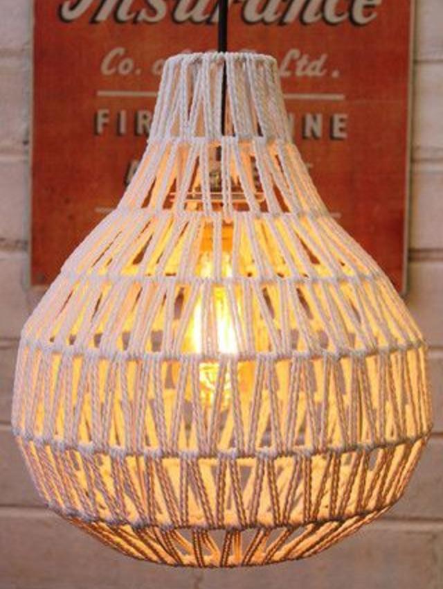 Luminária de teto de barbante