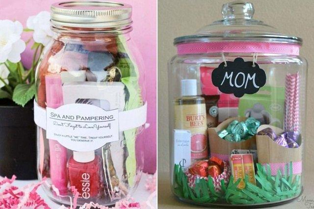 Pote com produtos de beleza para o dia das mães