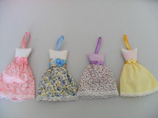 Sachês perfumados em formato de vestido