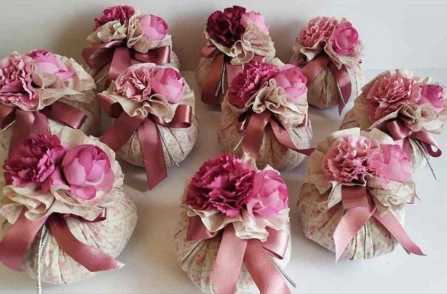 Sachês perfumados de flores