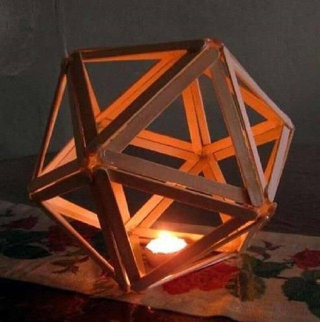Luminária com palito de picolé