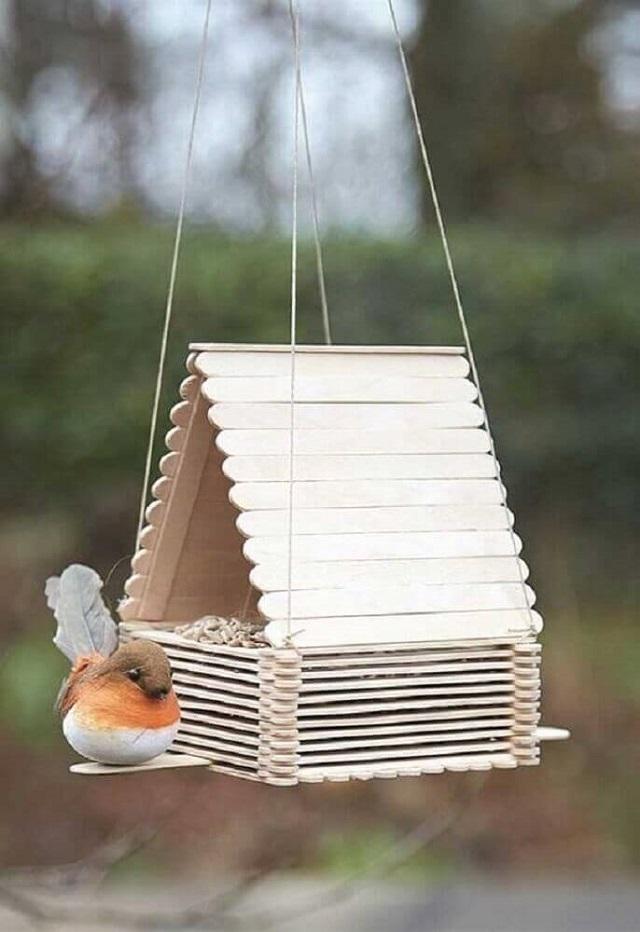 Casinha de passarinho de palito de picolé