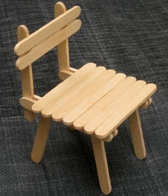 Cadeira de palito de picolé