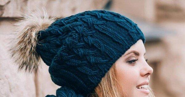 Touca de crochê azul
