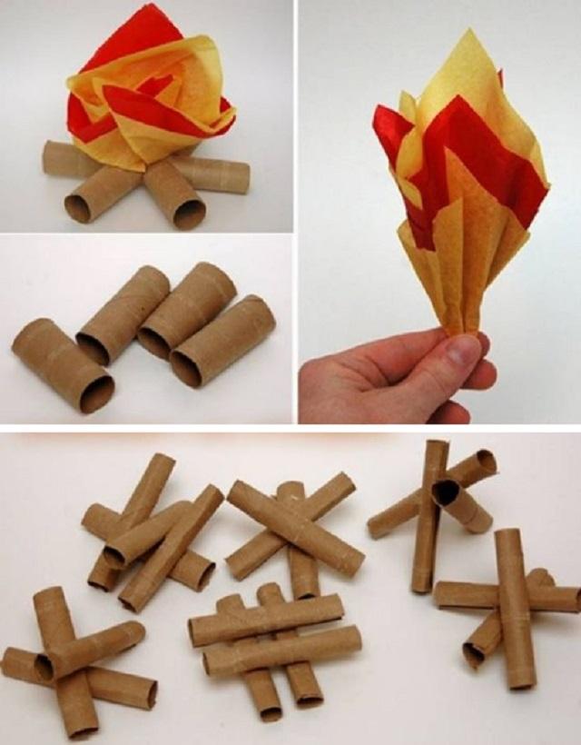 Fogueira com rolo de papel higiênico e papel