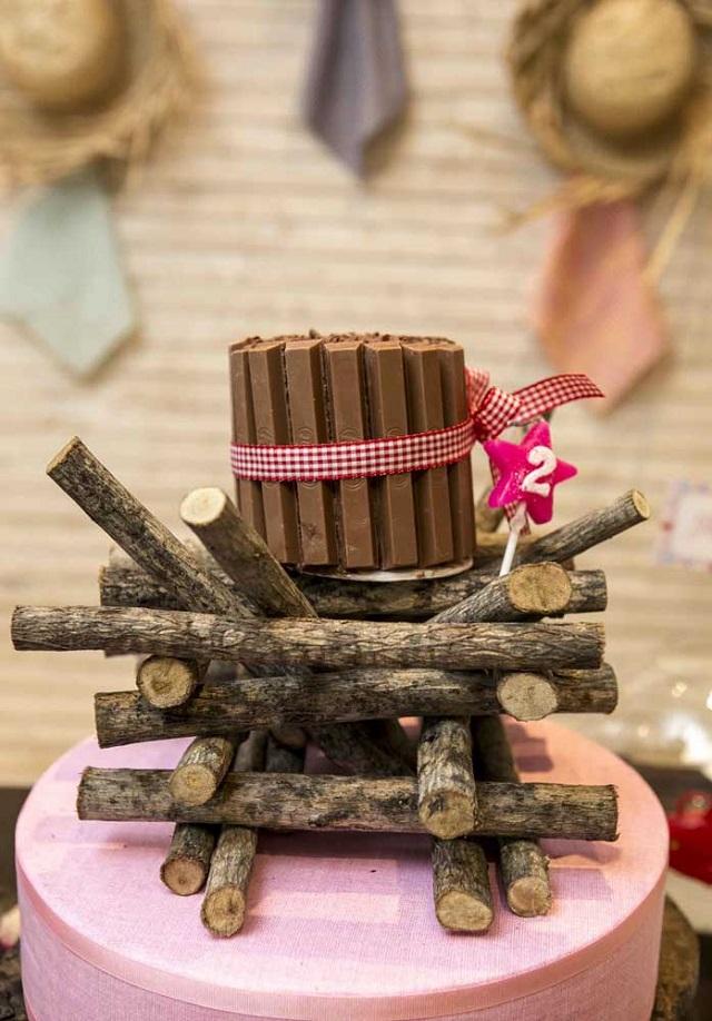 Decoração para festa junina com fogueira
