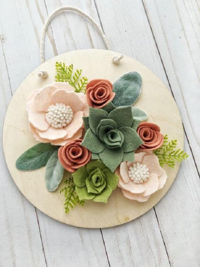 Quadro com flores de feltro