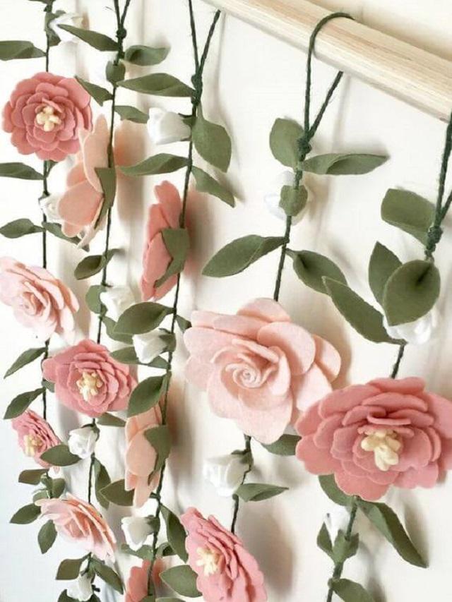 Varal de flores de feltro