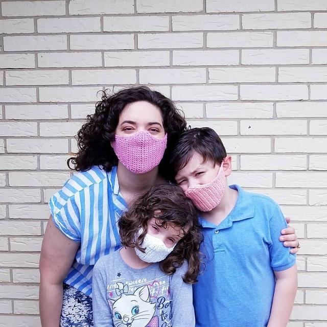 Máscaras de proteção de crochê