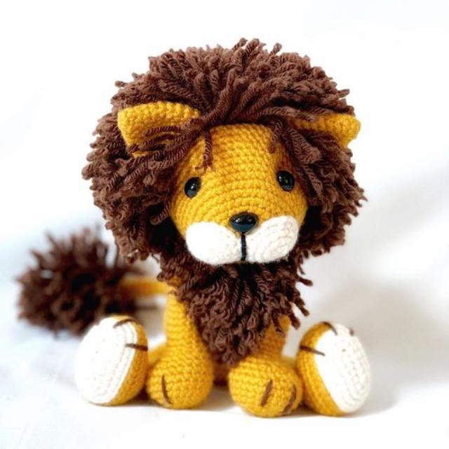 Leão de amigurumi