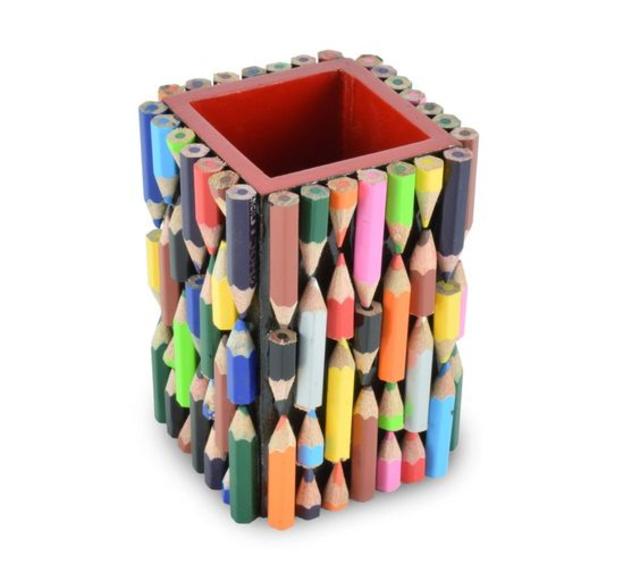 Porta objetos feito com lápis