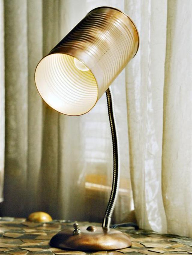 Luminária com lata de alumínio