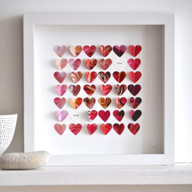 Decoração dia dos namorados com quadrinho de corações