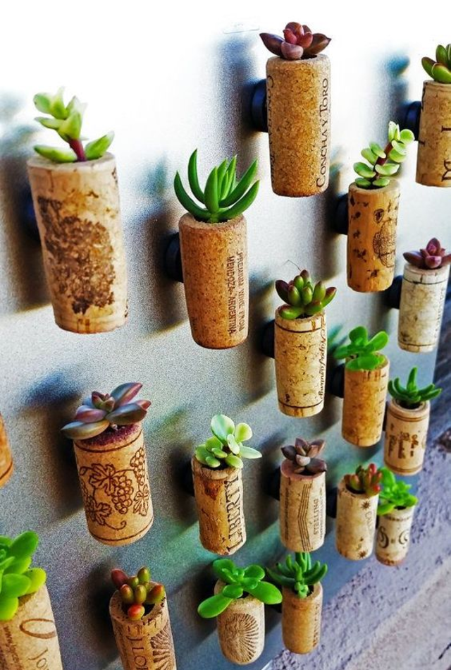Mini jardim em rolhas de vinho