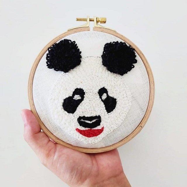 Bastidor de panda feito com ponto russo