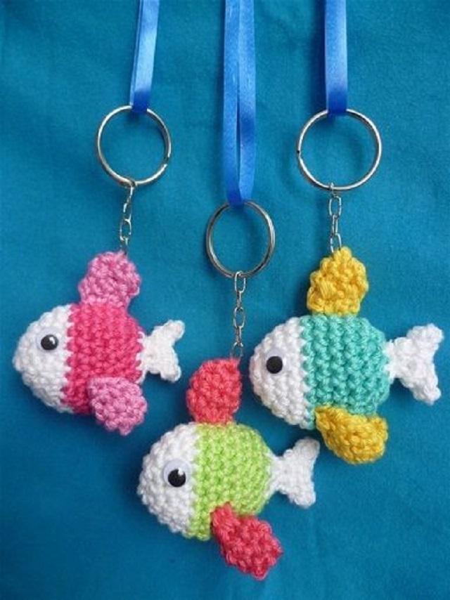 Chaveiros de peixes de amigurumi
