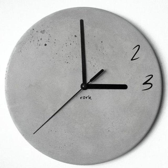 Relógio de cimento