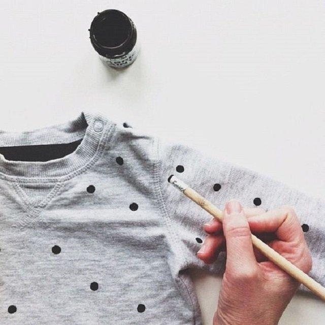 Blusa customizada com pintura