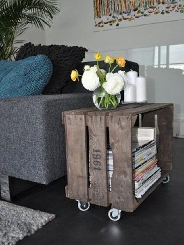 Mesa de canto de caixote de madeira