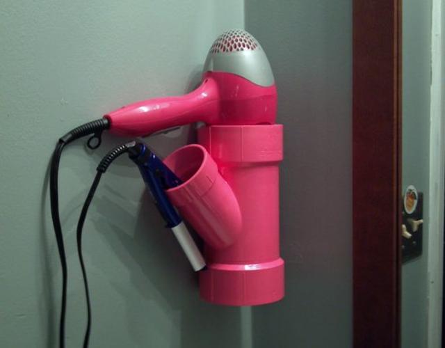 Cano de PVC para colocar secador e prancha de cabelo
