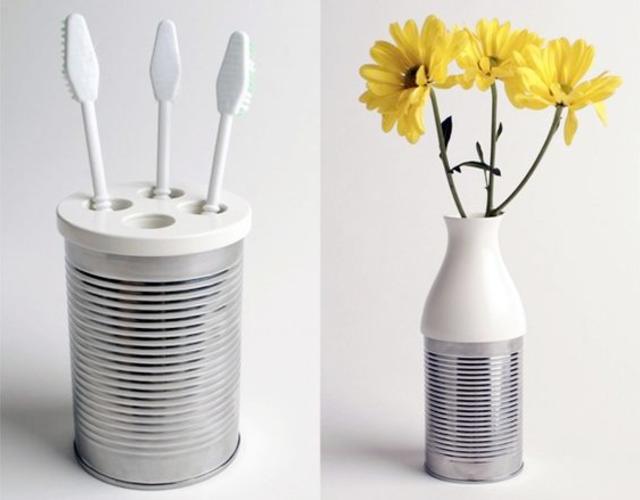 Porta escovas de dente e vasinho de lata
