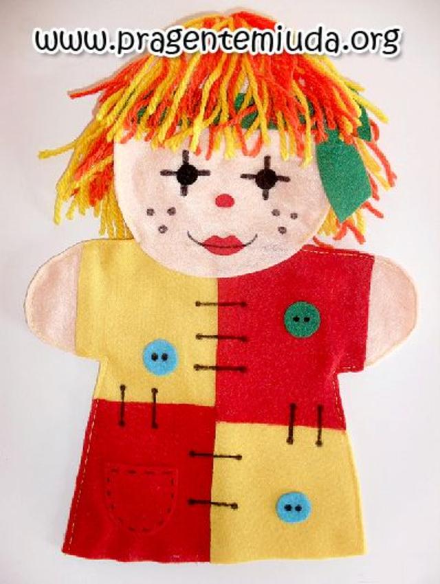 Fantoche da boneca Emília de feltro