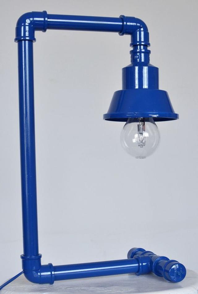 Luminária de PVC azul