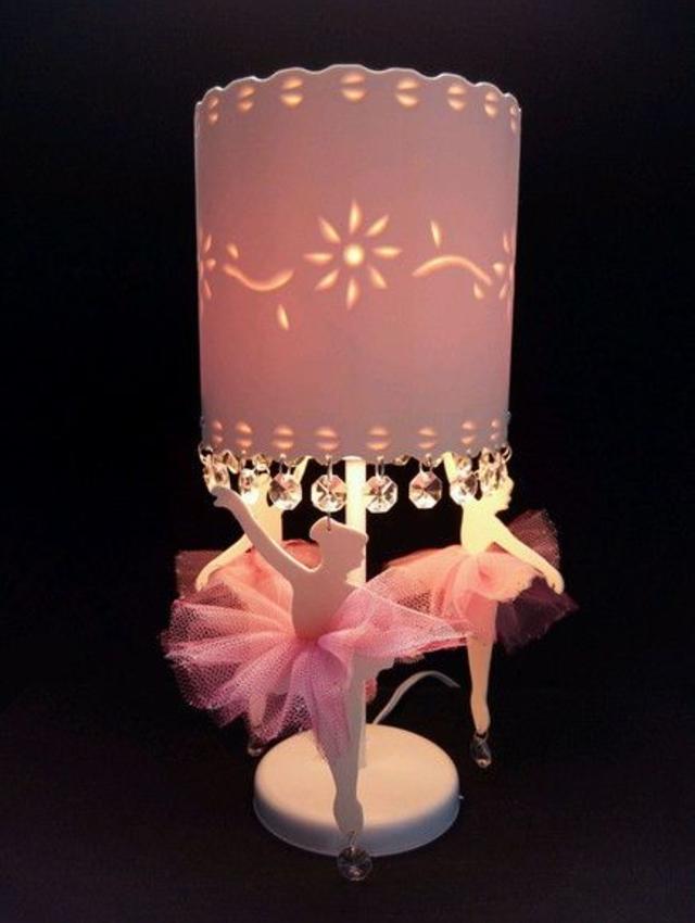 Luminária de PVC com bailarinas