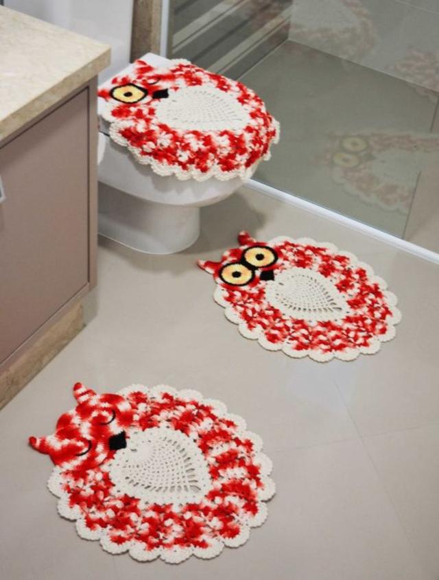 Jogo de banheiro de corujas de crochê