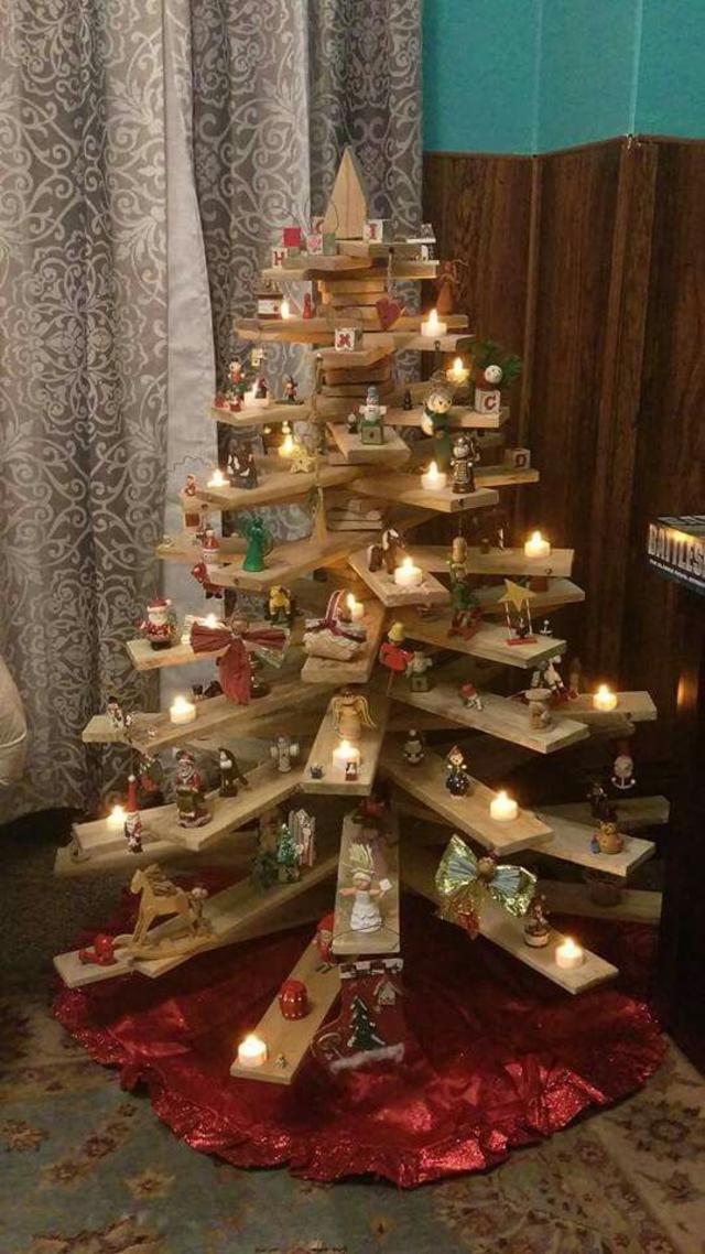 árvore de natal artesanal de madeira