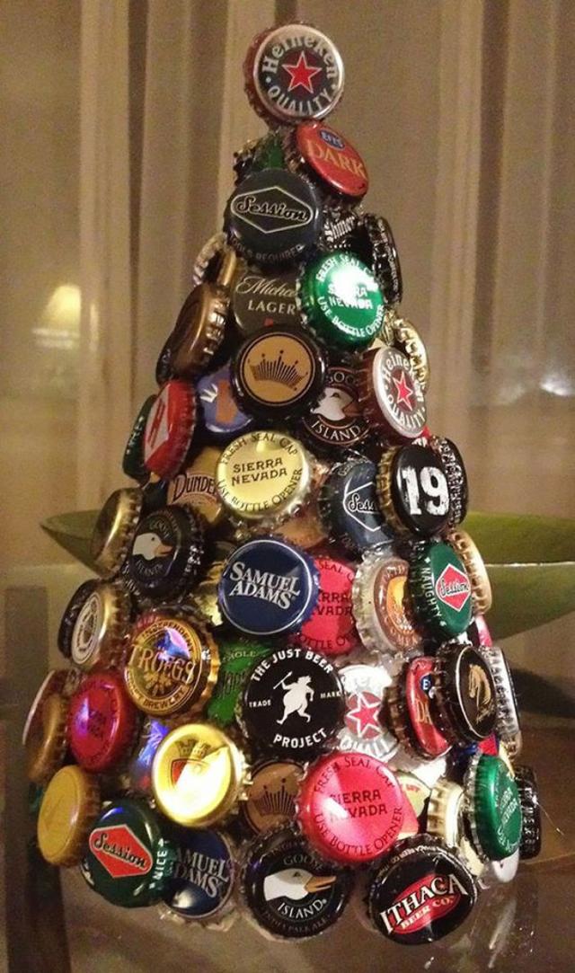 árvore de natal artesanal de tampinhas