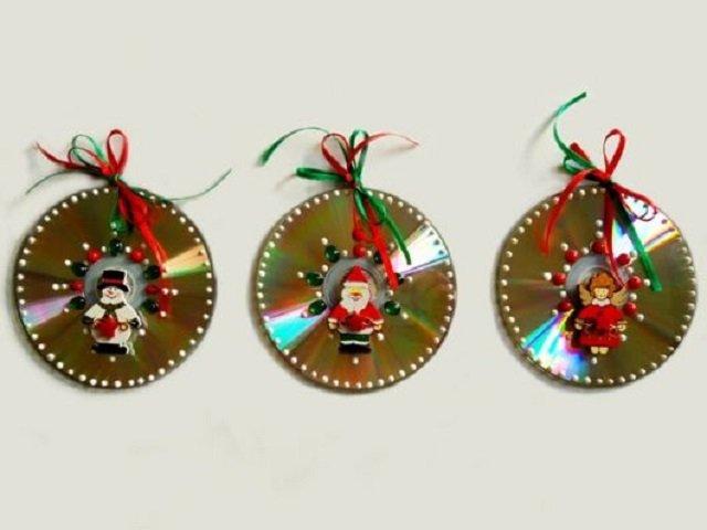 Decoração de Natal feita com cd