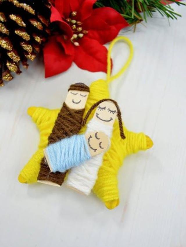 Enfeite de Natal feito com lã