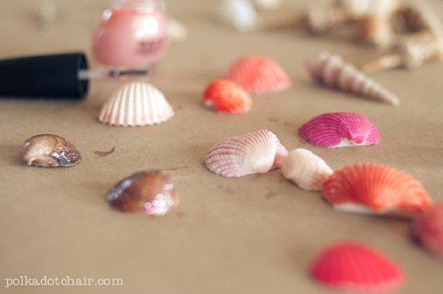 Artesanato com conchas.